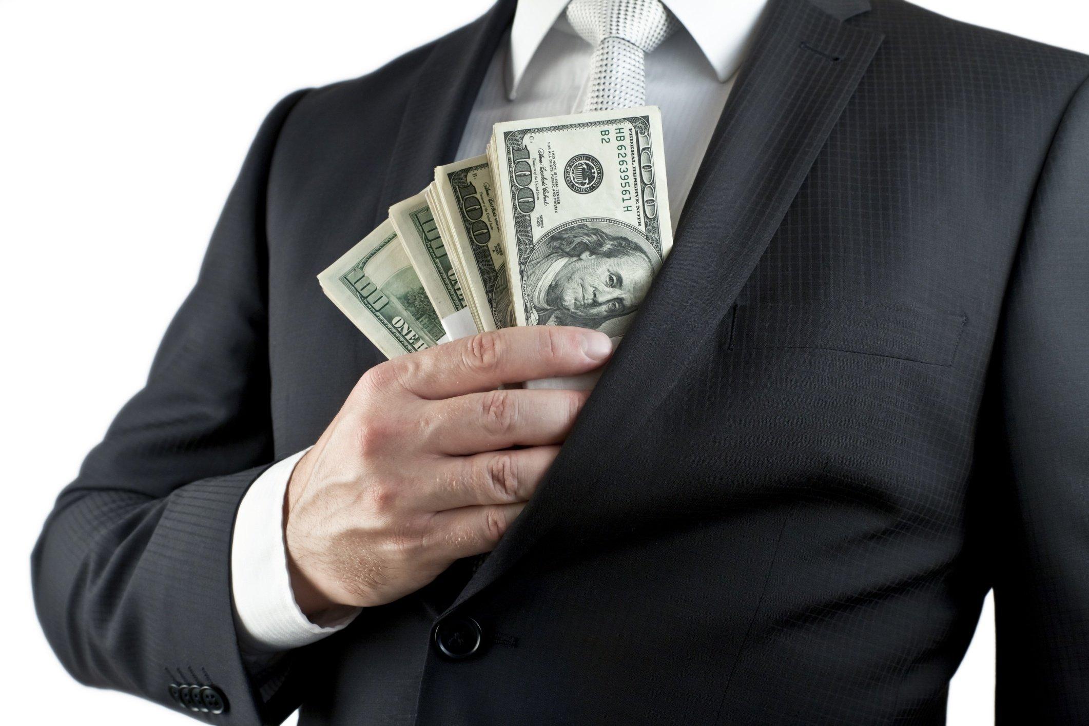 cash_in_pocket.jpg