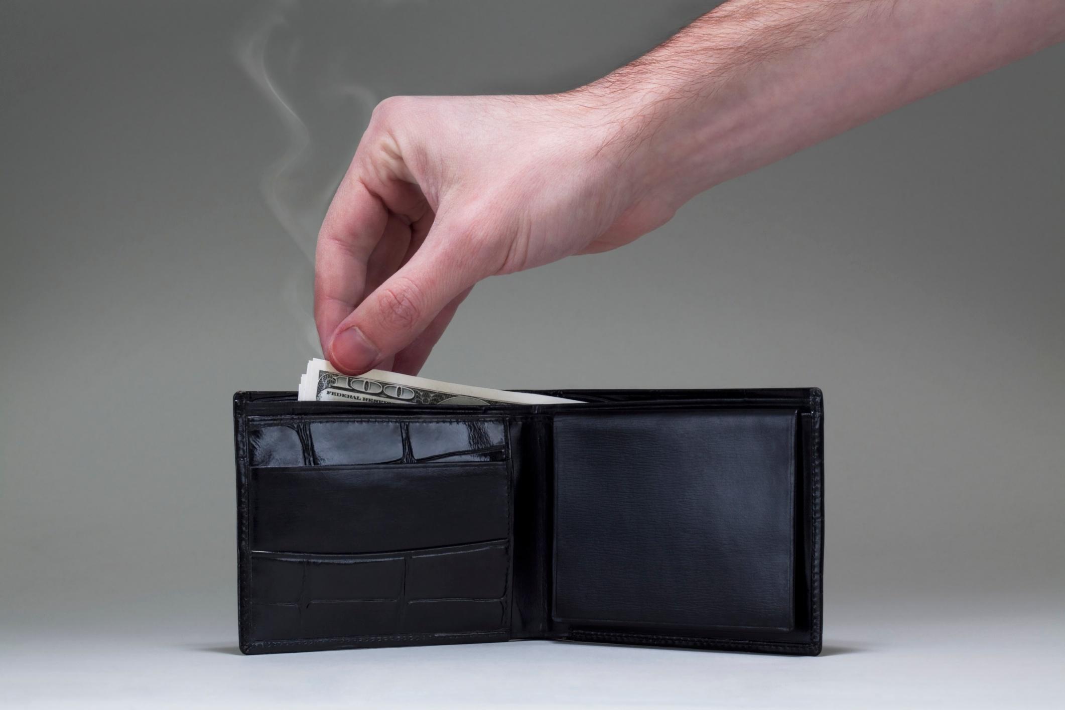 smoking_wallet.jpg